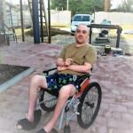 Купание в море на инвалидной коляске