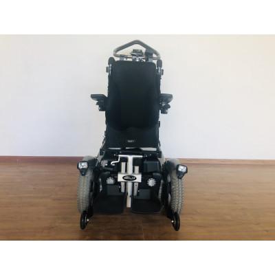 Детская кресло-коляска с электроприводом Permobil C300