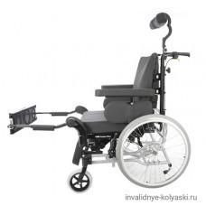 Кресло-коляска Invacare Rea Azalea MAX